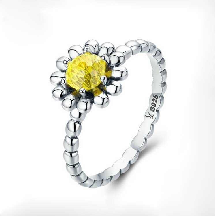 Nhẫn hoa cúc cho cung Song Ngư